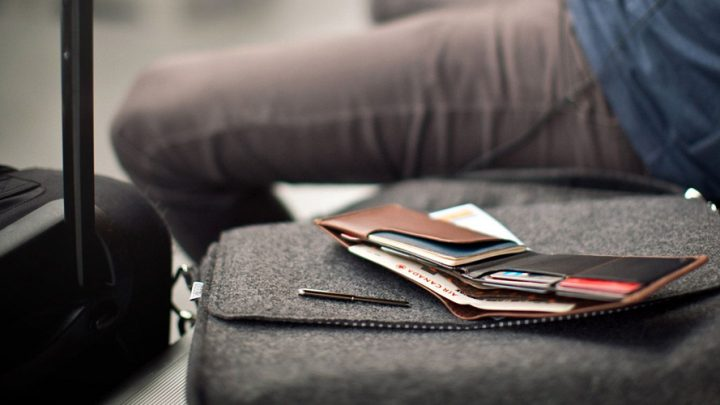 How To Travel Without A Wallet