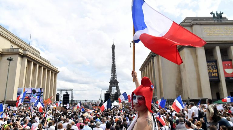 How Can Travelers Obtain A French Health Pass?
