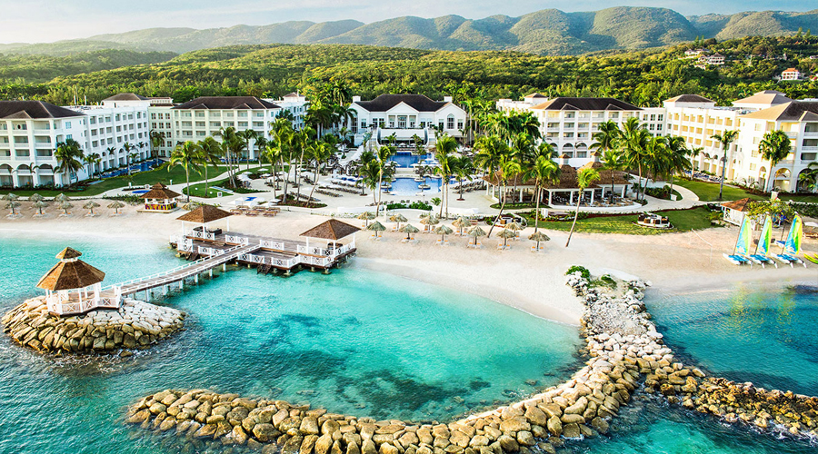 Playa Resorts Continues To Focus On Health And Safety